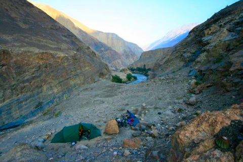 camping-on-ridge1.jpg